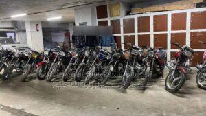 ضبط ٣ عاطلين تخصصا في سرقة الدراجات النارية بالدقهلية .