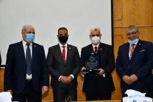 أحمد الأنصاري يشهد انطلاق فعاليات المؤتمر الدولي الأول لطب الأسنان